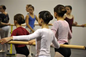 Level-1-dancers-300